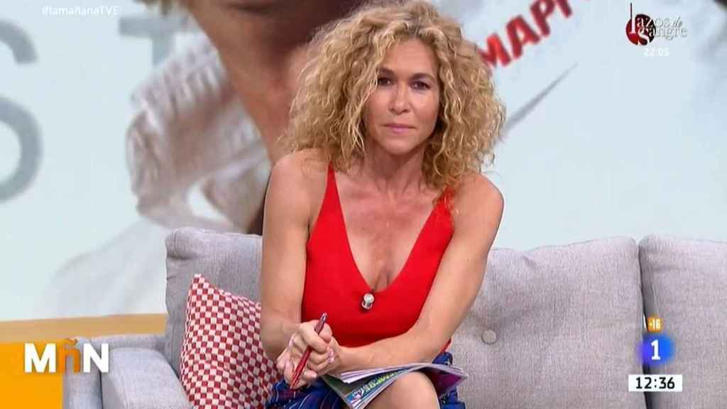 Cristina Fernández durante la presentación de su sección de corazón en 'La mañana' en TVE.
