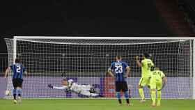 Jorge Molina falla el penalti frente al Inter de Milan