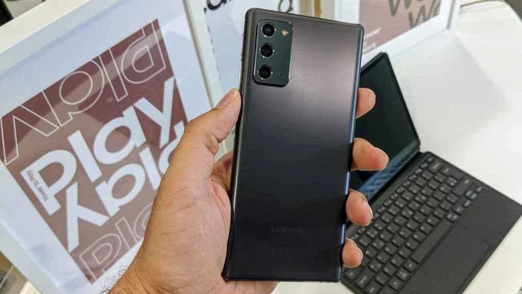 Samsung Galaxy Note 20: más compacto y con pantalla plana