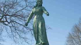 Monumento a Hannah Duston en Haverhill, Massachusetts.