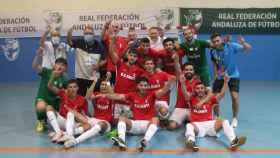 Los integrantes del Ceutí 'B', celebrando su ascenso a Segunda B del fútbol sala