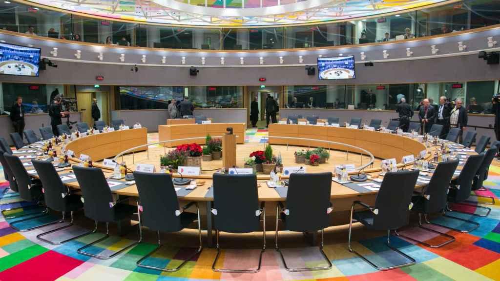 La sala de reuniones del Consejo Europeo, en Bruselas, vacía.