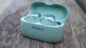 Jabra Elite Active 75t en color Mint.