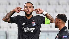 Depay celebra su gol a la Juventus con el Lyon