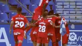 El Fuenlabrada celebra un gol ante el Deportivo de La Coruña
