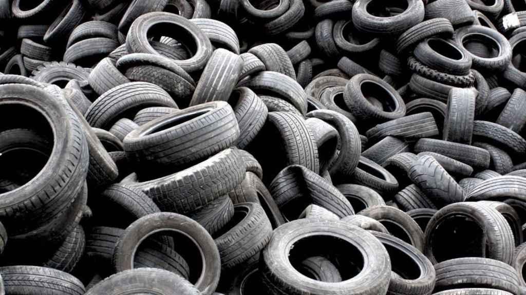 Neumáticos usados.