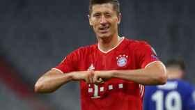 Robert Lewandowski celebra uno de sus goles durante el partido ante el Chelsea