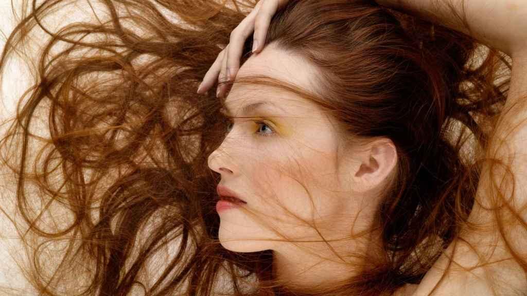 El cabello es una de las partes de nuestro cuerpo que más sufren los agentes ambientales del verano.