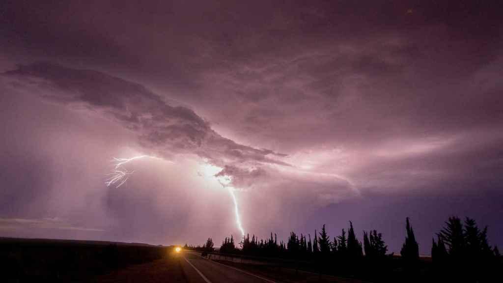 Una tormenta este lunes de madrugada en Tudela.