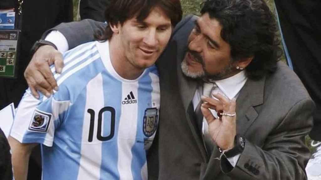Messi y Maradona, en la selección de Argentina