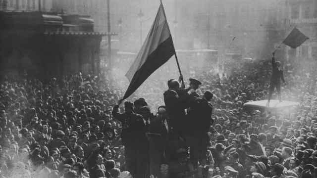 En imágenes: así fue la proclamación de la Segunda República española