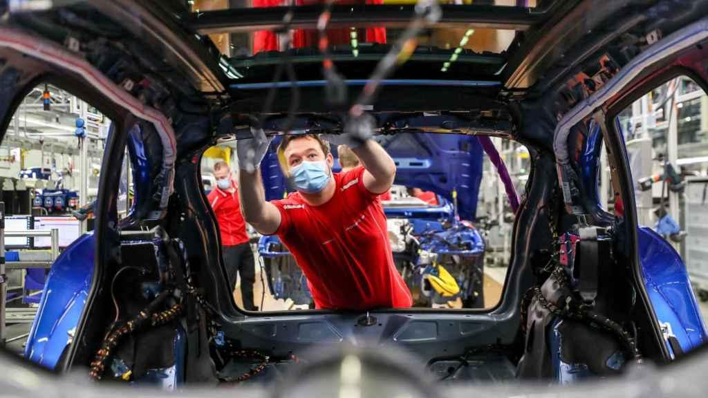 En 2020 se han dejado de vender ocho millones de coches.