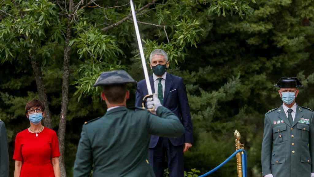 Fernando Grande-Marlaska en un acto oficial con la Guardia Civil.