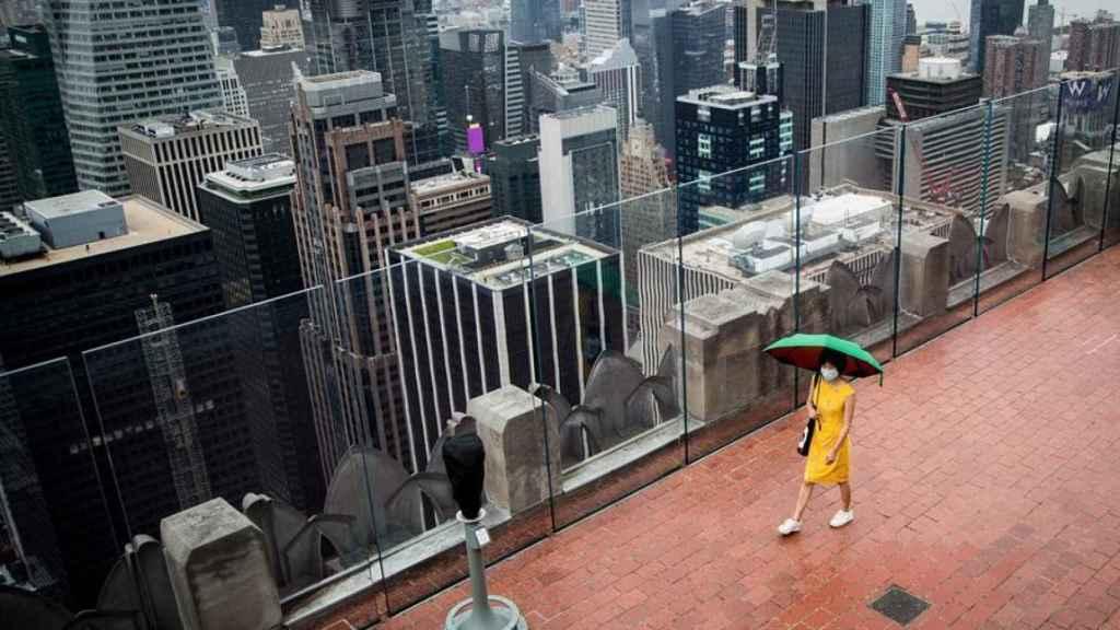 El observatorio del Rockefeller Center de Nueva York, casi vacío.