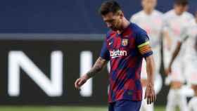 Leo Messi, cabizbajo ante la goleada del Bayern ante el Barça