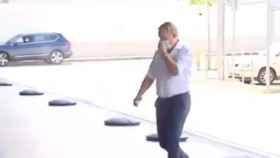 Koeman, 'cazado' en el aeropuerto de Barcelona