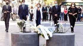 El momento de homenaje a las víctimas del atentado de Cataluña.