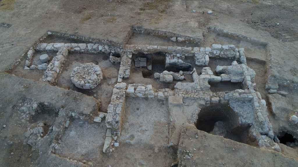 El descubrimiento tuvo lugar en una excavación en la ciudad de Rahat, de población mayormente beduina y ubicada en el Neguev, en el sur de Israel.