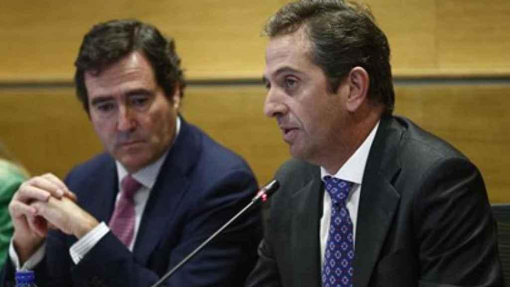 El presidente de la CEOE, Antonio Garamendi, y el vicepresidente, Íñigo Fernández de Mesa.