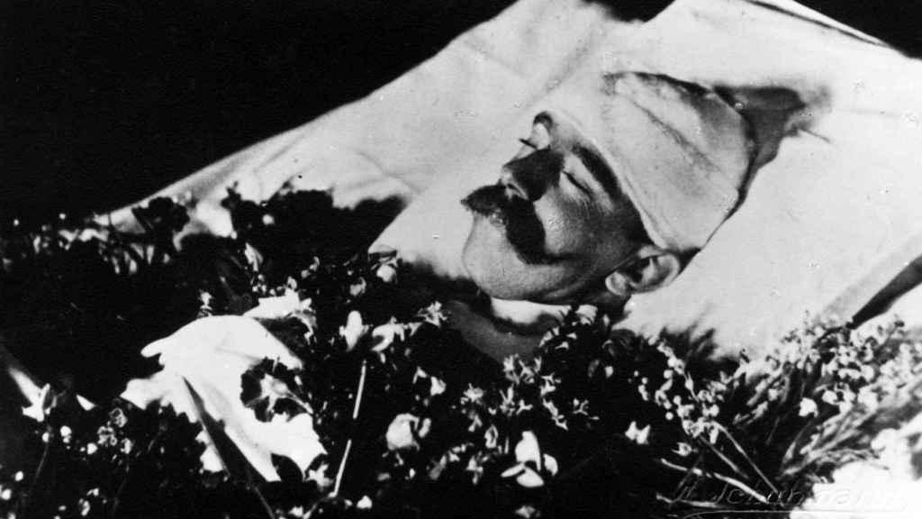 Cadáver de Rodolfo de Habsburgo.