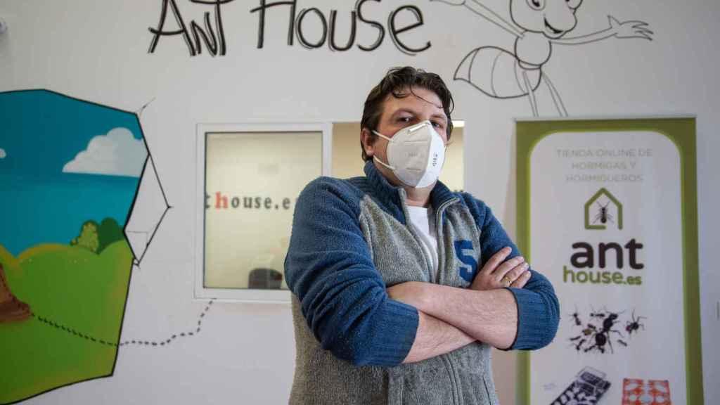Roberto Huertas, ideólogo de Ant House.