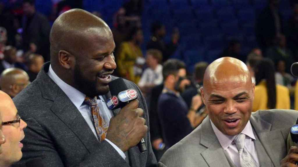 Charles Barkley junto a Shaquille O'Neal