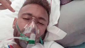 Neymar, con respirador