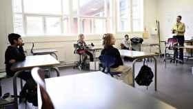 FOTO: Imagen de una clase reducida en Dinamarca.