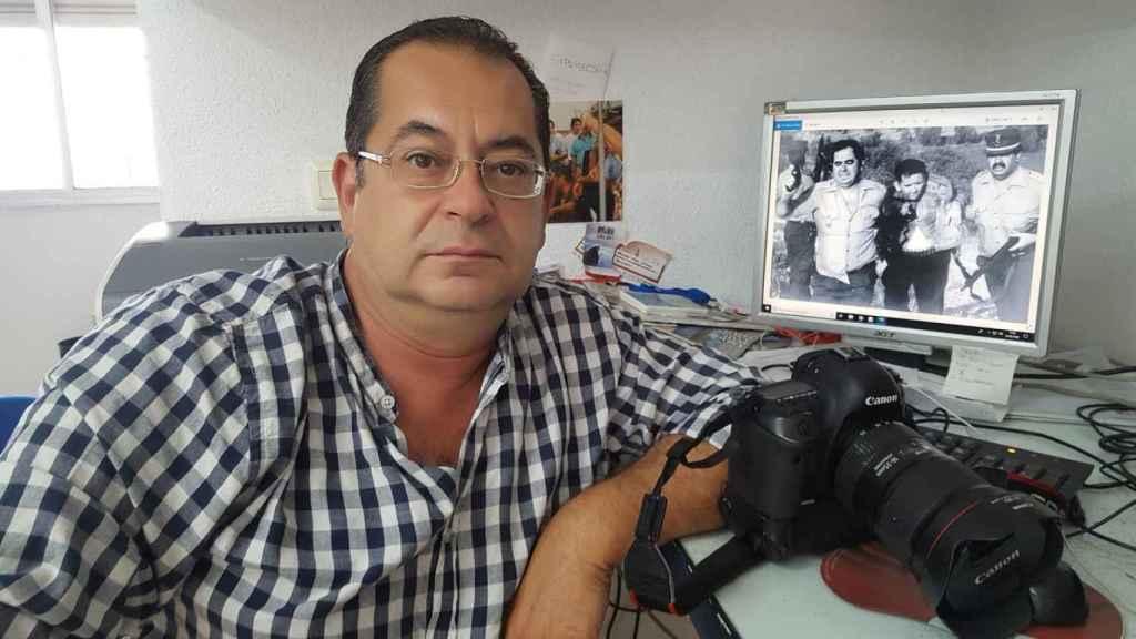 Brígido Fernández, fotógrafo del diario Hoy, tomó la histórica foto de la detención de Antonio Izquierdo.