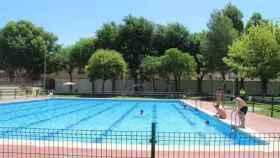 La piscina permanecerá cerrada (Ayuntamiento de Alcázar).
