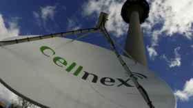 Antena repetidora de señal de Cellnex en Torrespaña (Madrid).