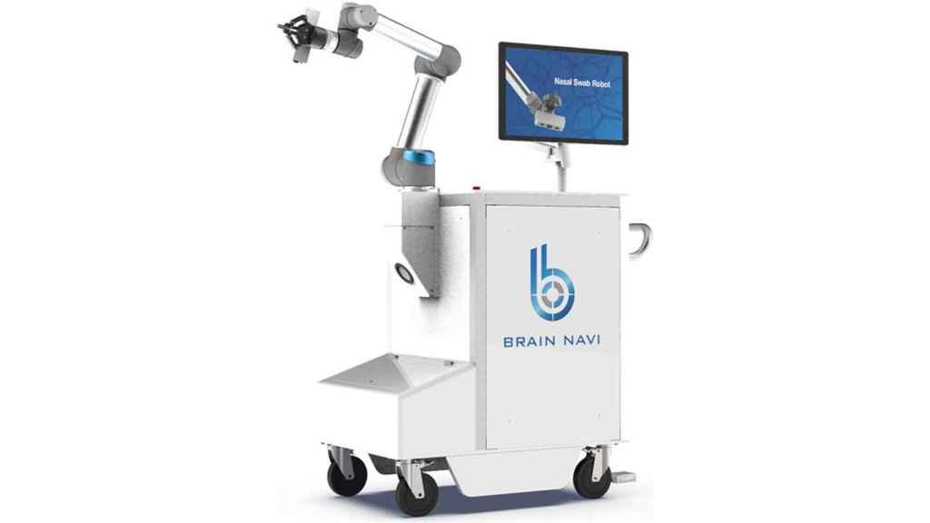 El robot para hacer la prueba del coronavirus de Brain Navi