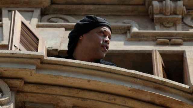 Ronaldinho, en el hotel de Asunción en el que pasó su arresto domiciliario