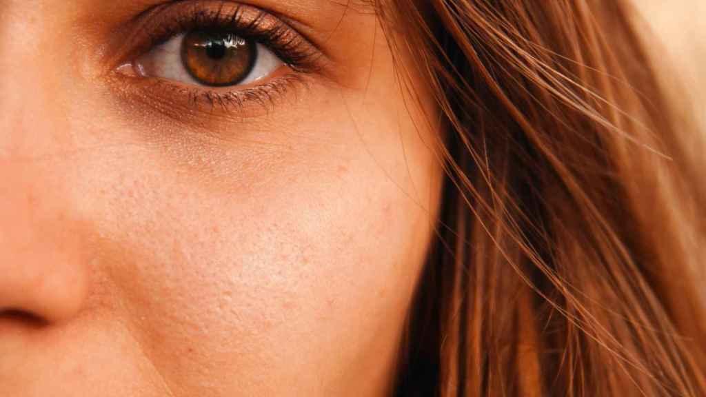 Este es el porqué es importante utilizar el contorno de ojos.