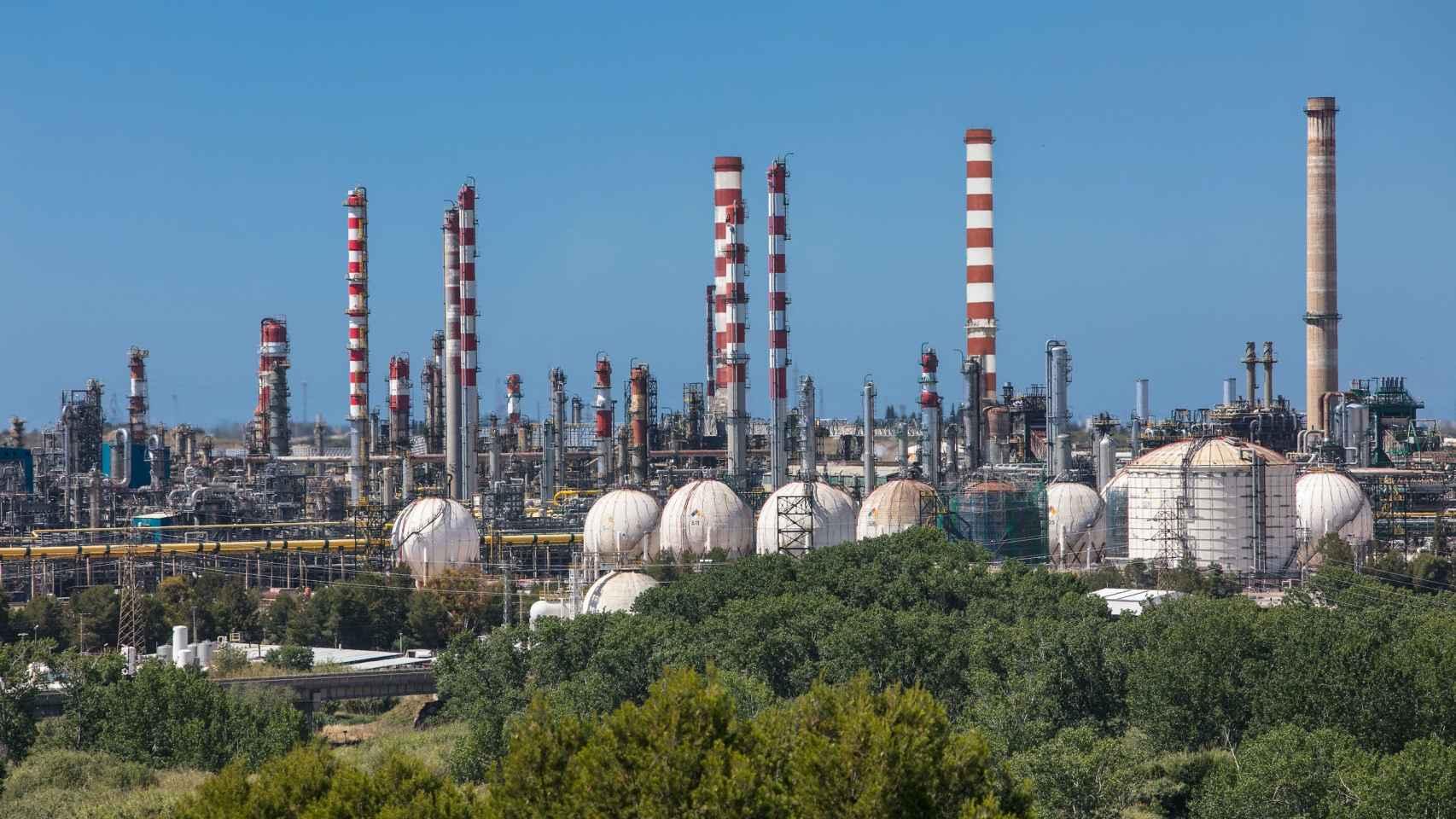 Repsol invierte 32 millones en su Complejo de Tarragona para su gama de polímeros