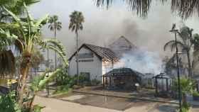El incendio ha arrasado el club marbellí de Rosauro Varo.