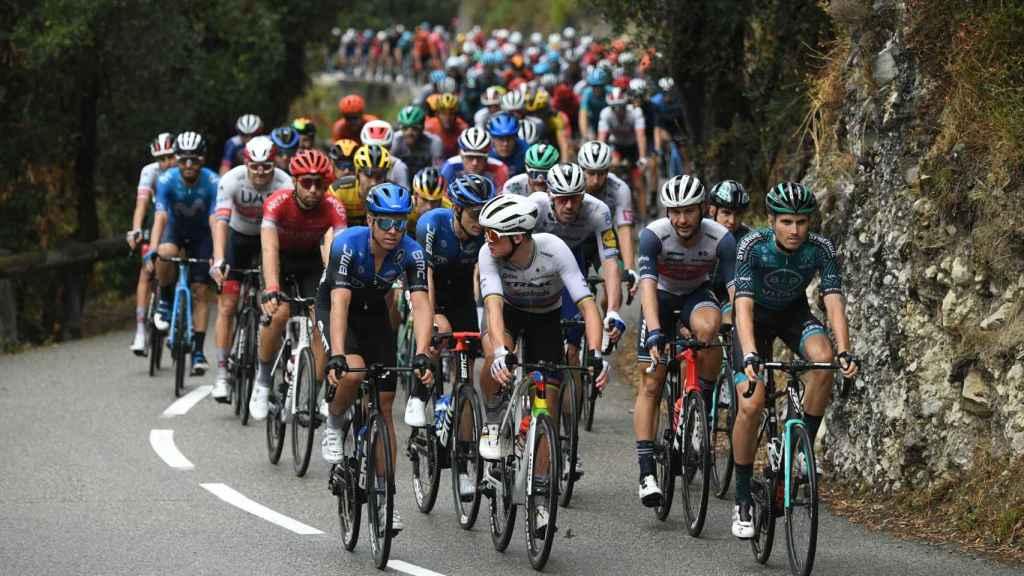 El pelotón del Tour de Francia en la etapa 1 en Niza