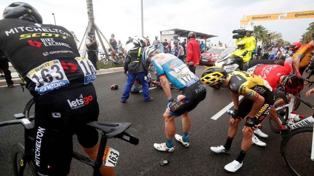 Ciclistas afectados por las caídas en la etapa 1 del Tour de Francia