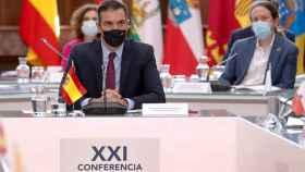 El presidente del Gobierno, Pedro Sánchez, y el vicepresidente segundo, Pablo Iglesias, en la última Conferencia de Presidentes.