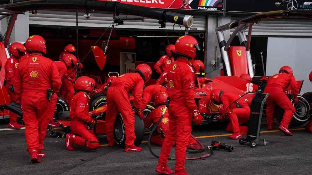 Pit stop del equipo Ferrari en SPA