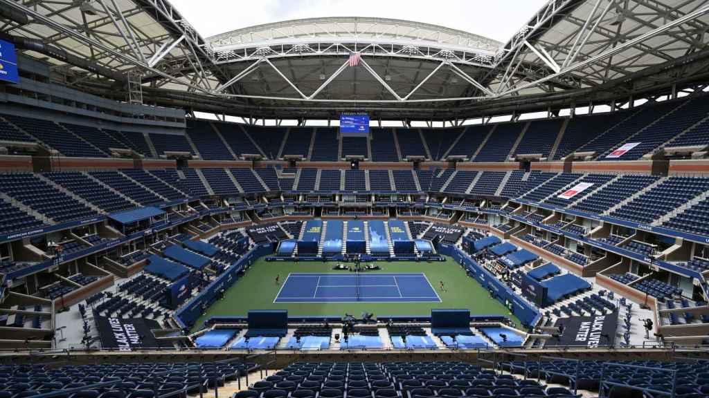 La pista Arthur Ashe durante el primer día de competición en el US Open.