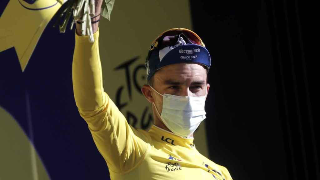 Julian Alaphilippe en el podio del Tour