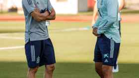 Luis Enrique y Marco Asensio, en un entrenamiento de la selección española