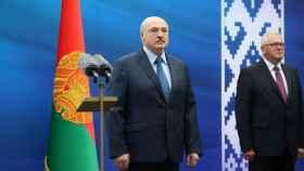 Alexandr Lukashenko, en un encuentro con los estudiantes de la ciudad de Baránovichi, provincia de Brest.