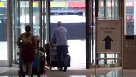 Indicación para llegar al centro de test de coronavirus en el aeropuerto de Munich