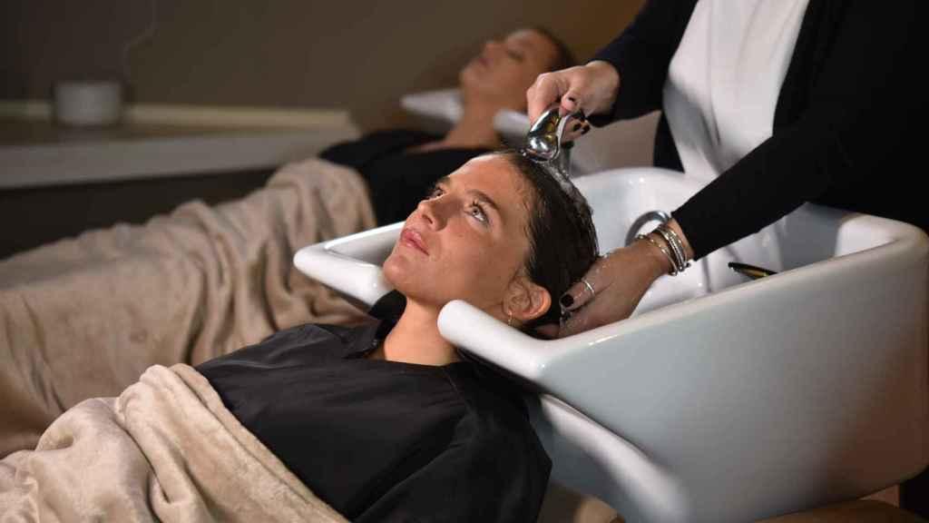 Es importante seguir una rutina fija de champús  para adecuar el cabello.