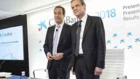 Jordi Gual, presidente de CaixaBank, y Gonzalo Gortázar, consejero delegado de la entidad.