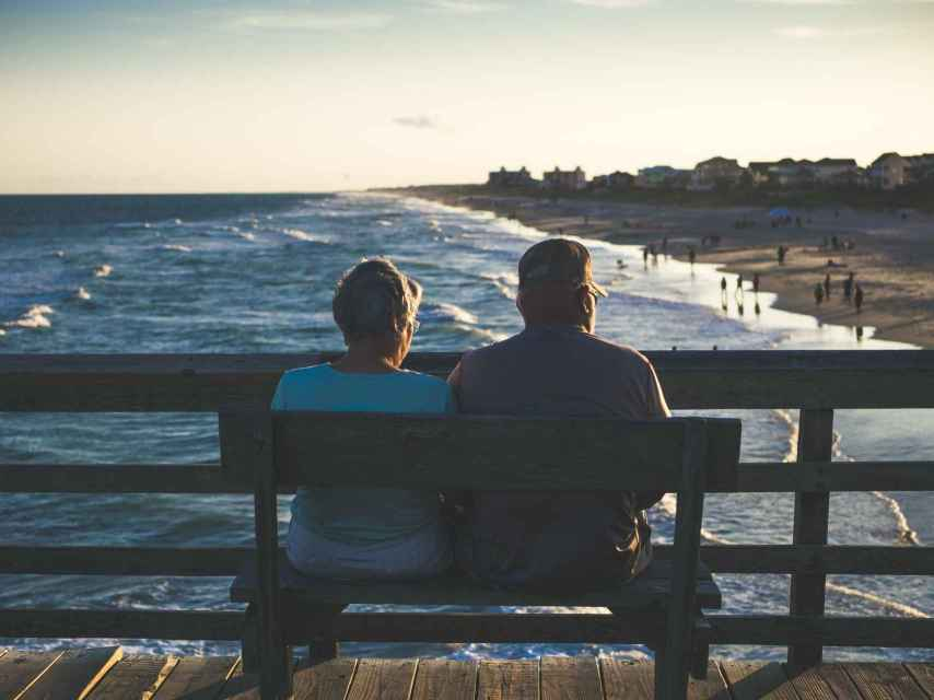 Los expertos recomiendan diversificar entre los activos al invertir para la jubilación.