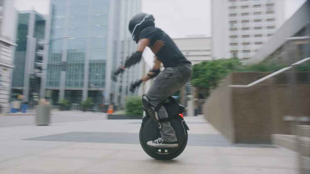 Este Monociclo Eléctrico De 3 000 W Es Una Locura Que Alcanza Los 50 Km H