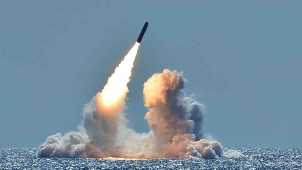 Misil intercontinental Trident II D5 lanzado desde el USS Nebraska en 2008